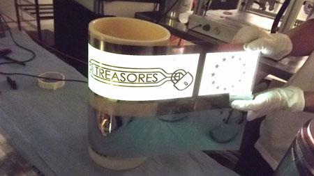 Flexible OLED light sources on transparent electrodes