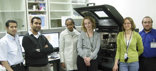 >Shown with the MFP-3D AFM are Amir Moshar of Asylum Research, Superb Misra, Deborah Berhanu, Éva Valsami-Jones, and Agnes Dybowska of the Museum of Natural History, and Mick Phillips of Asylum Research