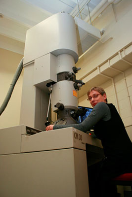 Helen Turner, the facility manager at Waikato University's Electron Microscope Unit with the new Transmission Electron Microscope