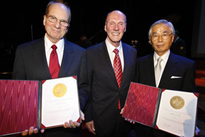 Louis Brus and Sumio Iijima received the Kavli Prize in nanoscience at an award ceremony in Oslo, Noway in September 2008