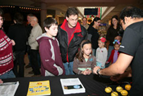 UAlbany NanoCollege presents first-ever 'Nano in the Mall' program
