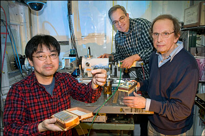 (From left) Brookhaven Lab chemists Kotaro Sasaki, Miomir Branko Vukmirovic, and Radoslav Adzic work on developing catalysts for fuel cells