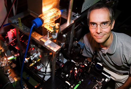 Chemistry professor Martin Gruebele led a group that directly observed two-state dynamics I nglassy silicon for the first time