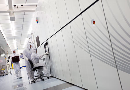 ASML preproduction scanner NXE:3100 for extreme UV lithography, installed at imec's 300mm cleanroom