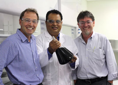 Professor Geoff Spinks, Dr Sanjeev Gambhir and Professor Gordon Wallace with a new nanocomposite material