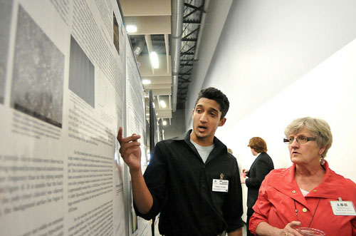 APS Users Meeting poster session