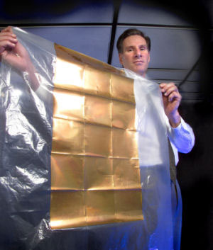 plastic sheet of nanoantenna array solar cells