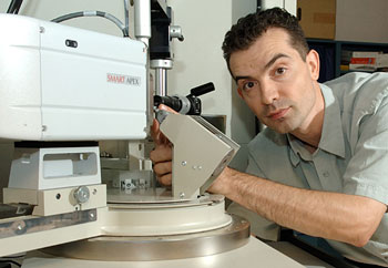 Using an X-ray diffractometer, Svilen Bobev analyzes the structure of a crystal