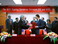 Chinese and U.S. labs agree cooperation on renewable energy sources