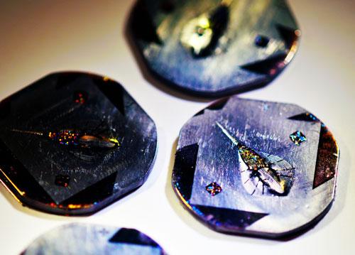 Tissue-engineered biobots on titanium molds
