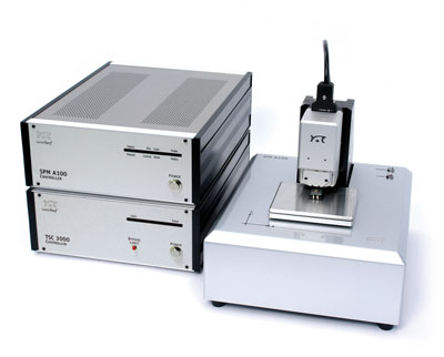 The Nanite system for automated AFM measurements consist of the translation stage and its controller (below) and the AFM and its controller (above)
