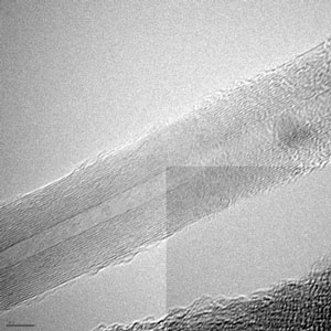 TEM image of an unfractured multi-walled carbon nanotube
